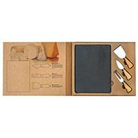 Stilvolles Käseset: Zwei Messer, eine Gabel, eine Echtschiefer-Platte