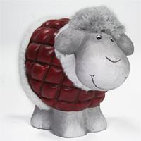 Schaf mit Fellmütze